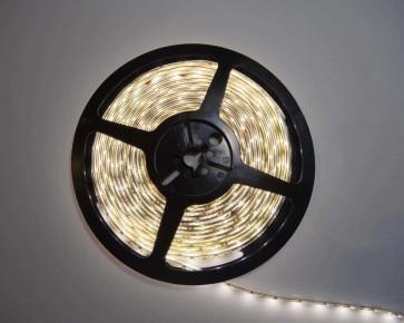 5m LED slinga, 4.8W/m, normalvit, IP65, 60xLED/m. tänd