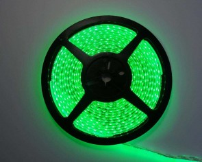5m LED slinga, 9.6W/m, grön, IP65, 120xLED/m, tänd