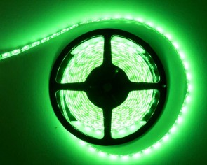 5m LED slinga, 14.4W/m, grön, IP65, 60xLED/m, tänd